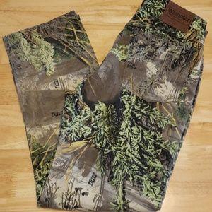(NWOT)Men's Wrangler Pro Gear Camo Jeans